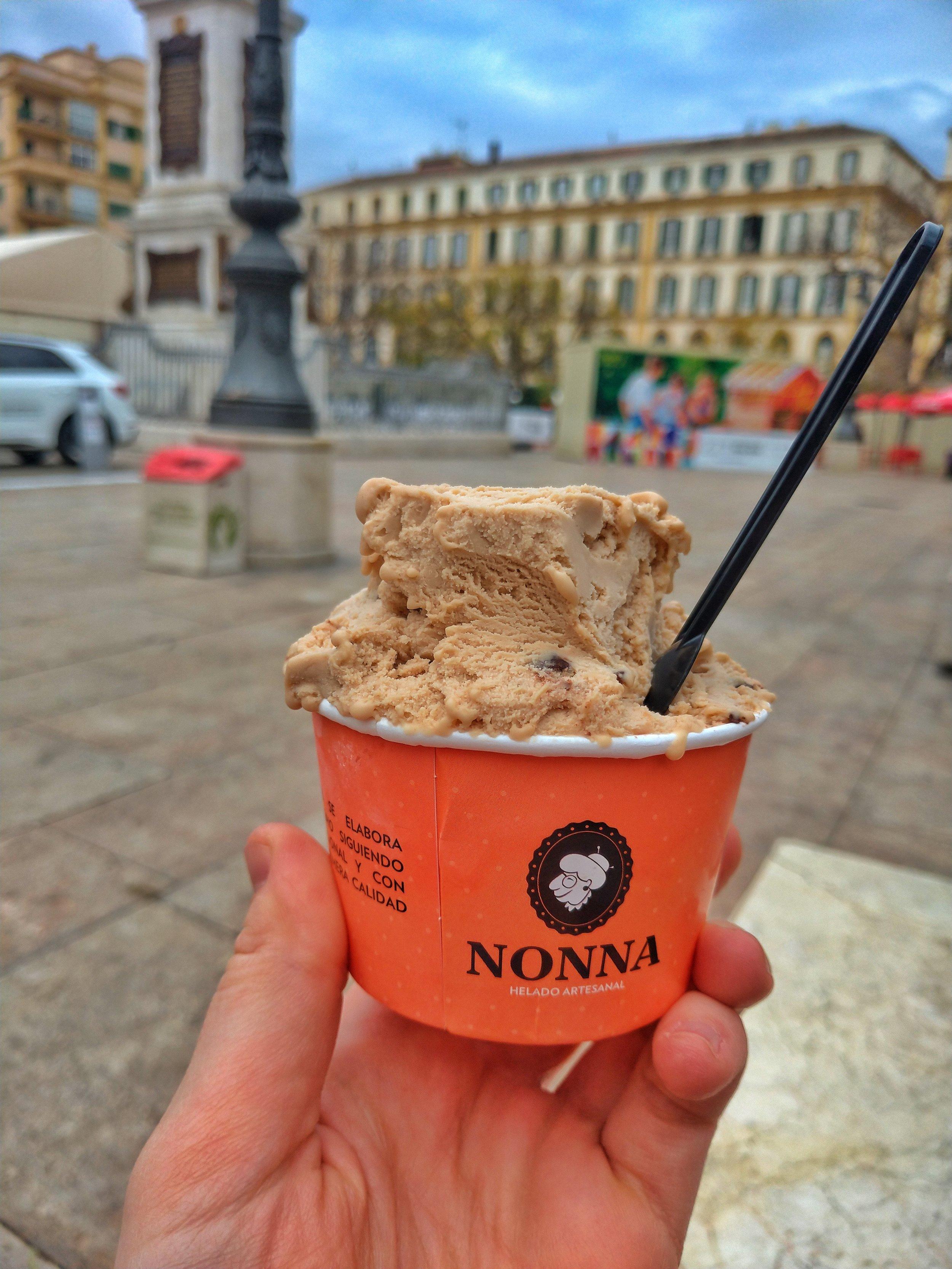 Vegan Hazelnut Ice Cream from NONNA helado artesanal