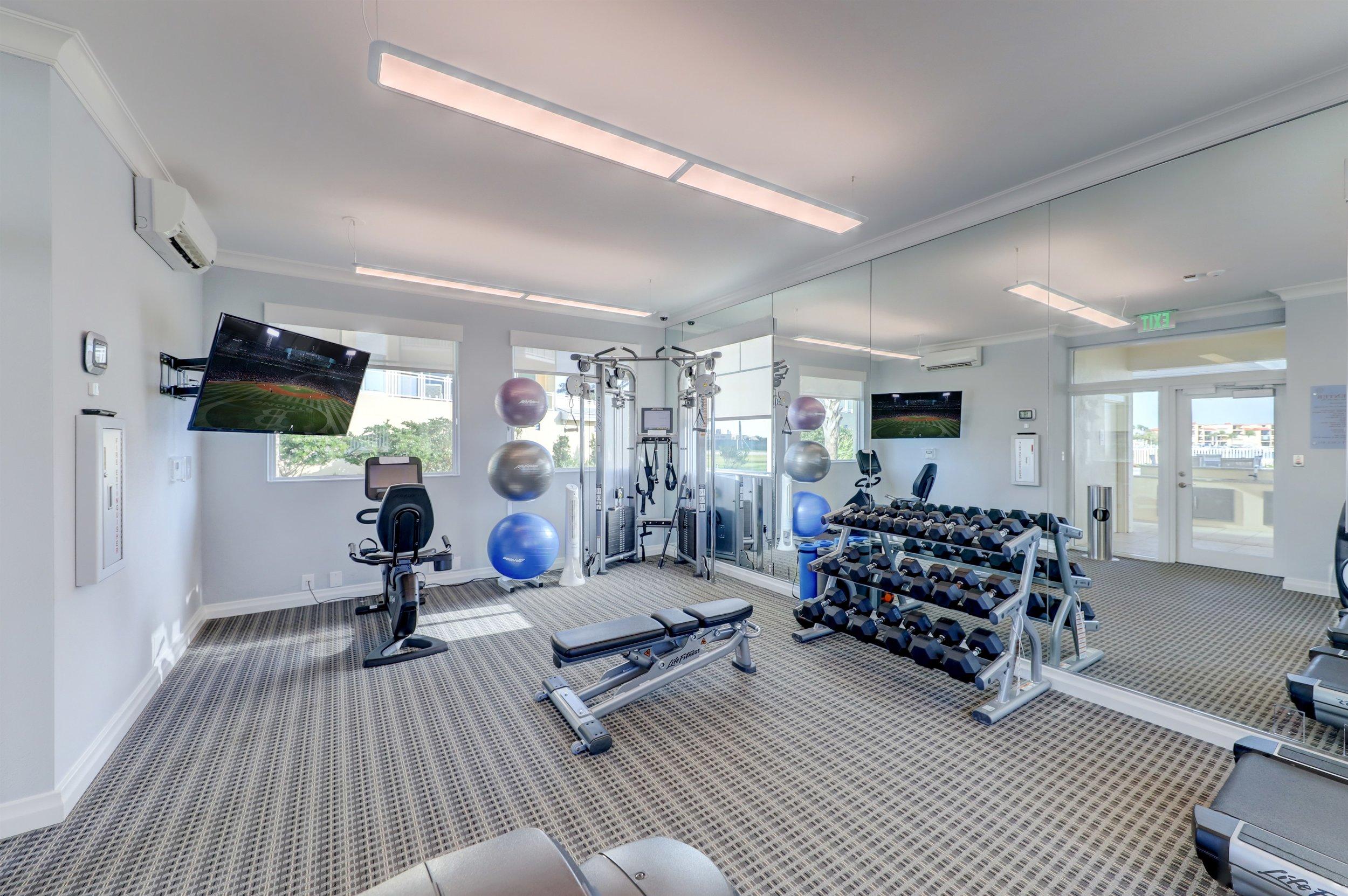 034_Fitness Center.jpg