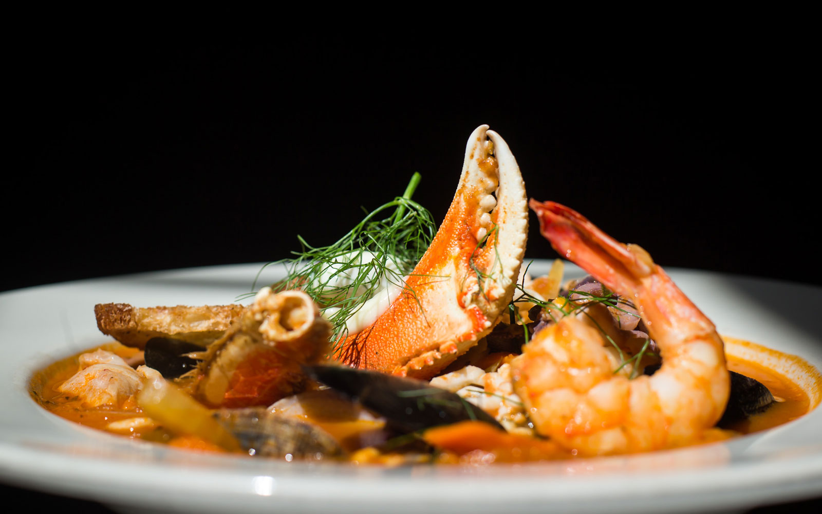 Cabezon-cioppino-fp.jpg