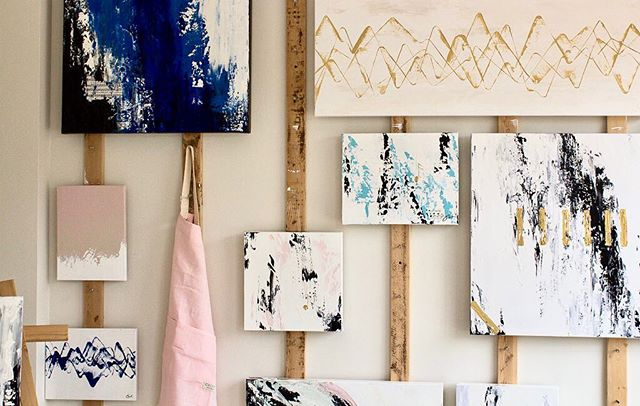 A little Friday morning studio love with ☕️+☕️💁🏼♀️ . . . . #symphoniestudio #inthestudio #artforsale #art #artist #artandmusic #mixedmedia #friday #anthropologiehome #contemporaryart #contemporarypainting #abstract #abstractart #homedecor #habitandhome #dominomag #domainehome #anthropologie #leannefordinteriors #colorstory #acryliclayers #domino #bakersfieldart #bakersfieldartist #californiaartist #instaartist