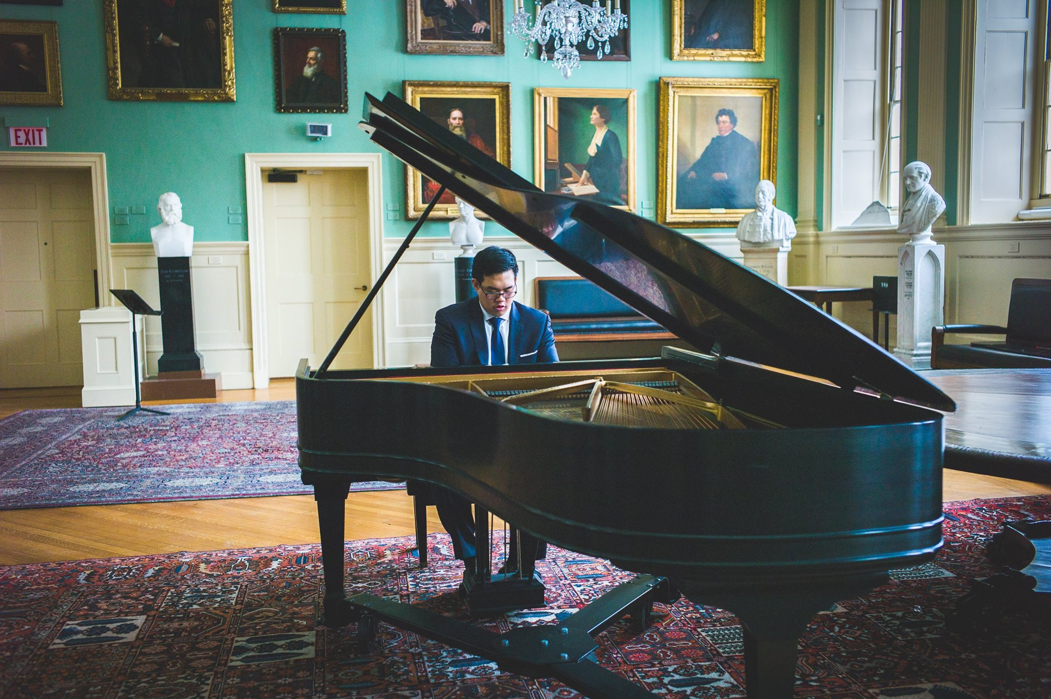 George performing on a 1900 Steinway B at Harvard's Faculty Room.
