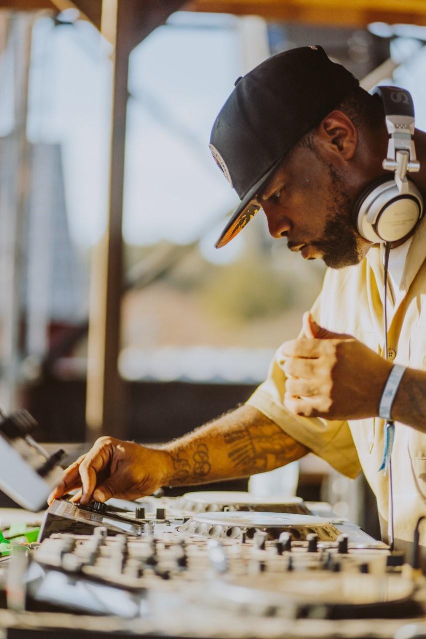 DJ E-CLYPS | FORT WAYNE, INDIANA | DJ/PRODUCER
