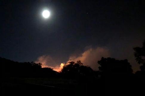The Thomas Fire burns across Sulphur Mountain toward Oak View, December 4, 2017. Photo Credit: Chris Diel