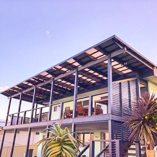 Summer Salt Beach House - Sleeps 10