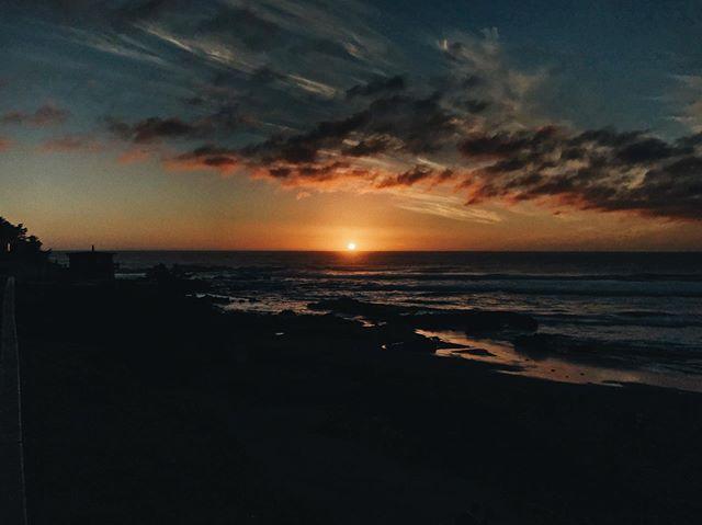 Sunset over Pichilemu ➖ #infiernillo #pichilemu #sunset #photography #vsco
