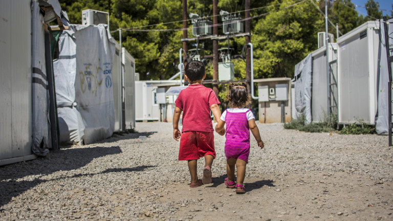 In Greece, lack of legal aid leaves migrants and refugees guessing - Devex - 25/11/2016