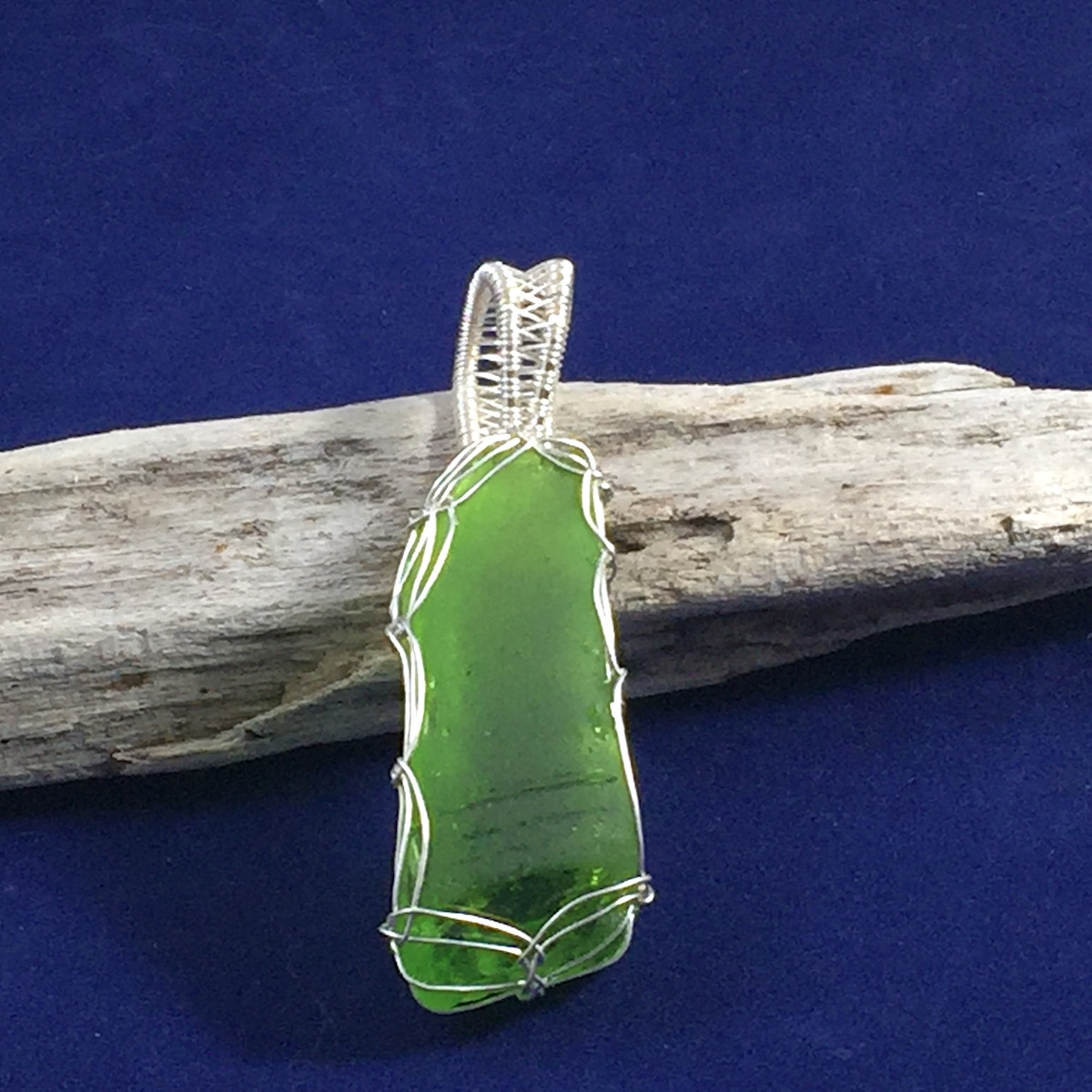 Green Silver Pendant 2.JPG