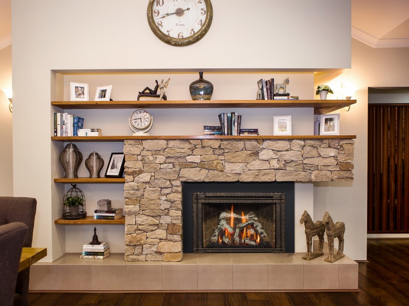 Roosevelt 29 Gas Fireplace Insert - A fireplace gas insert that comes in three different media kits – Traditional Log, Birchwood Log, and a Beach Accent Kit.