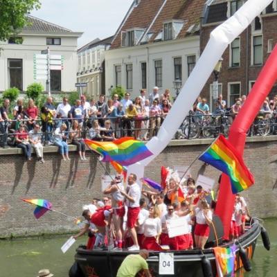 image-parade.jpg
