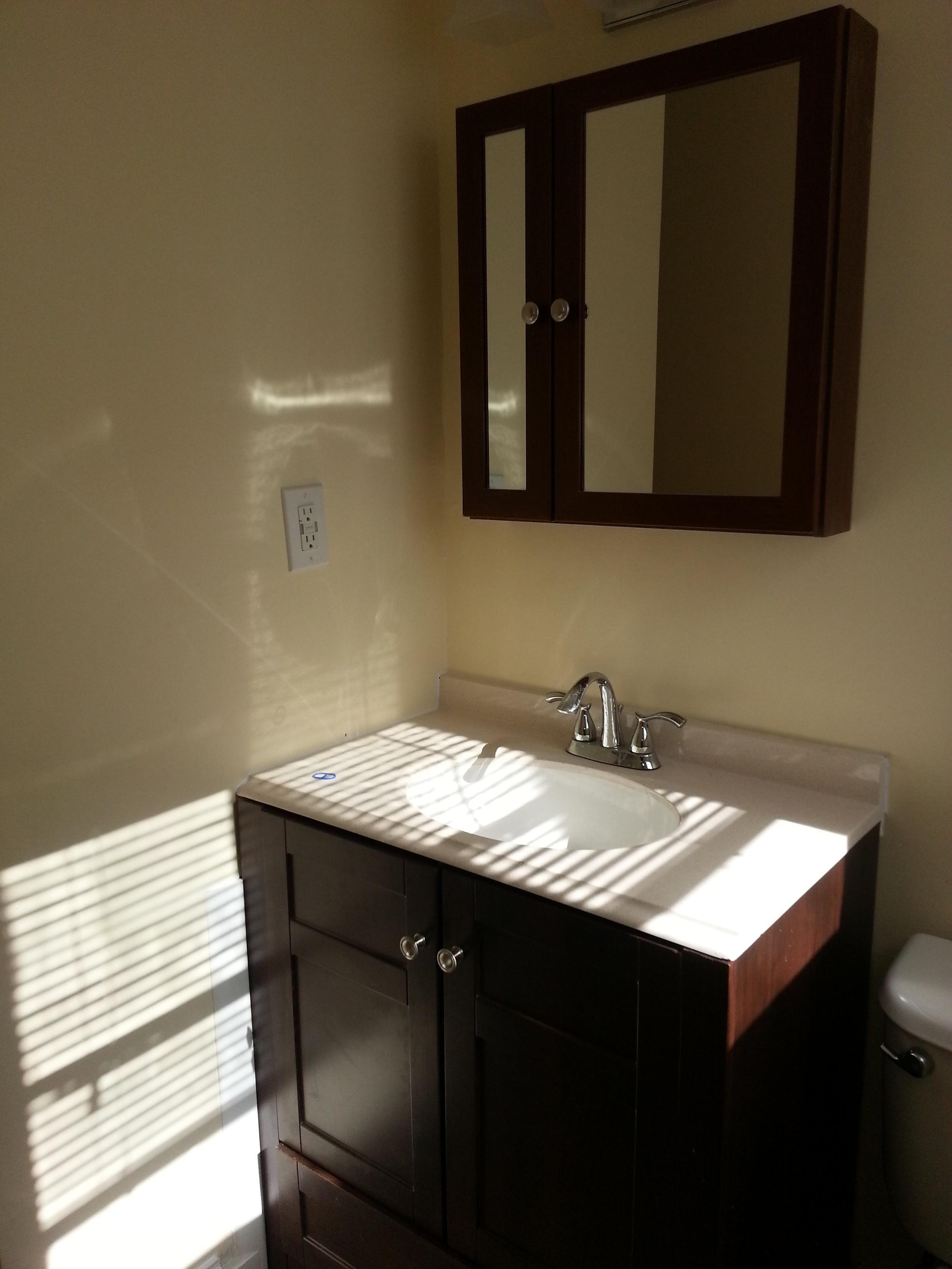 Bathroom 2 Floor 2.jpeg
