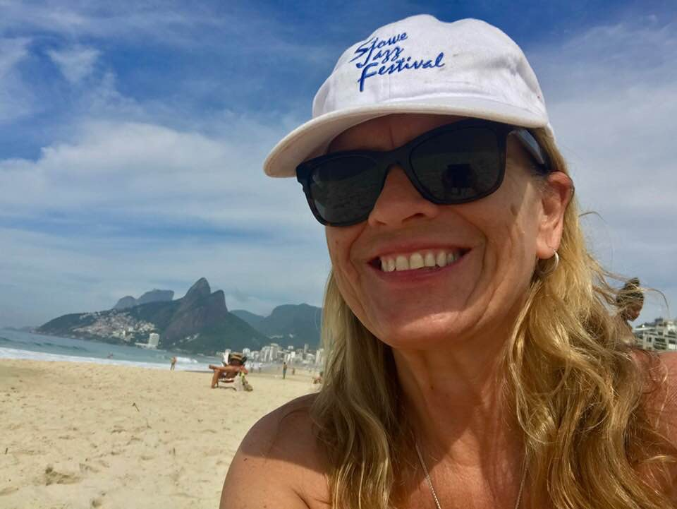 Claudia with hat - Corcovado.JPG