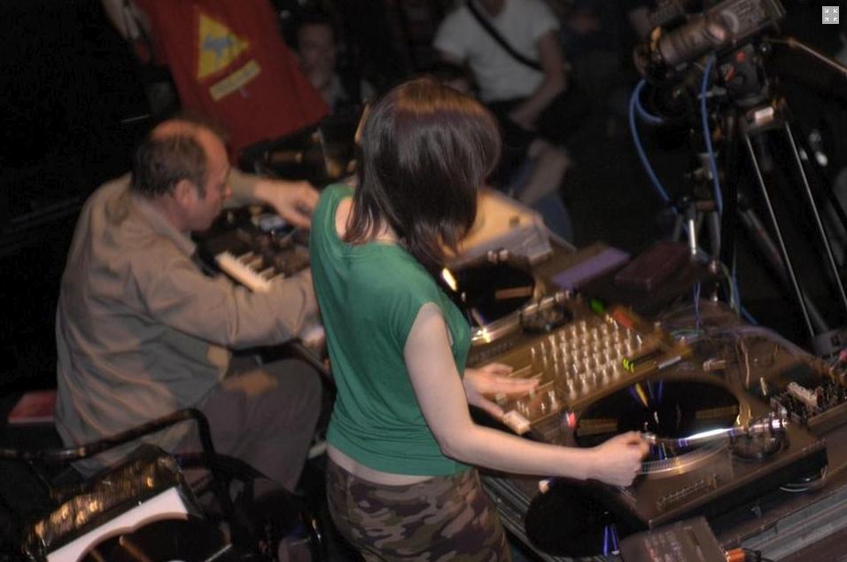 Philip Jeck, Marina Rosenfeld, Mutek Festival,, Montreal, 2003