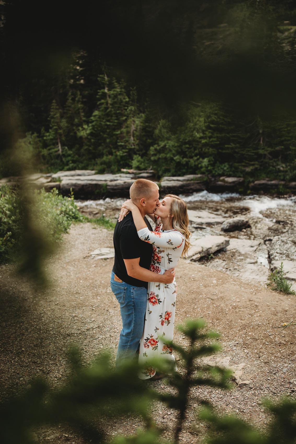 marah-doug-great-falls-montana-engagement-photographer-11.jpg
