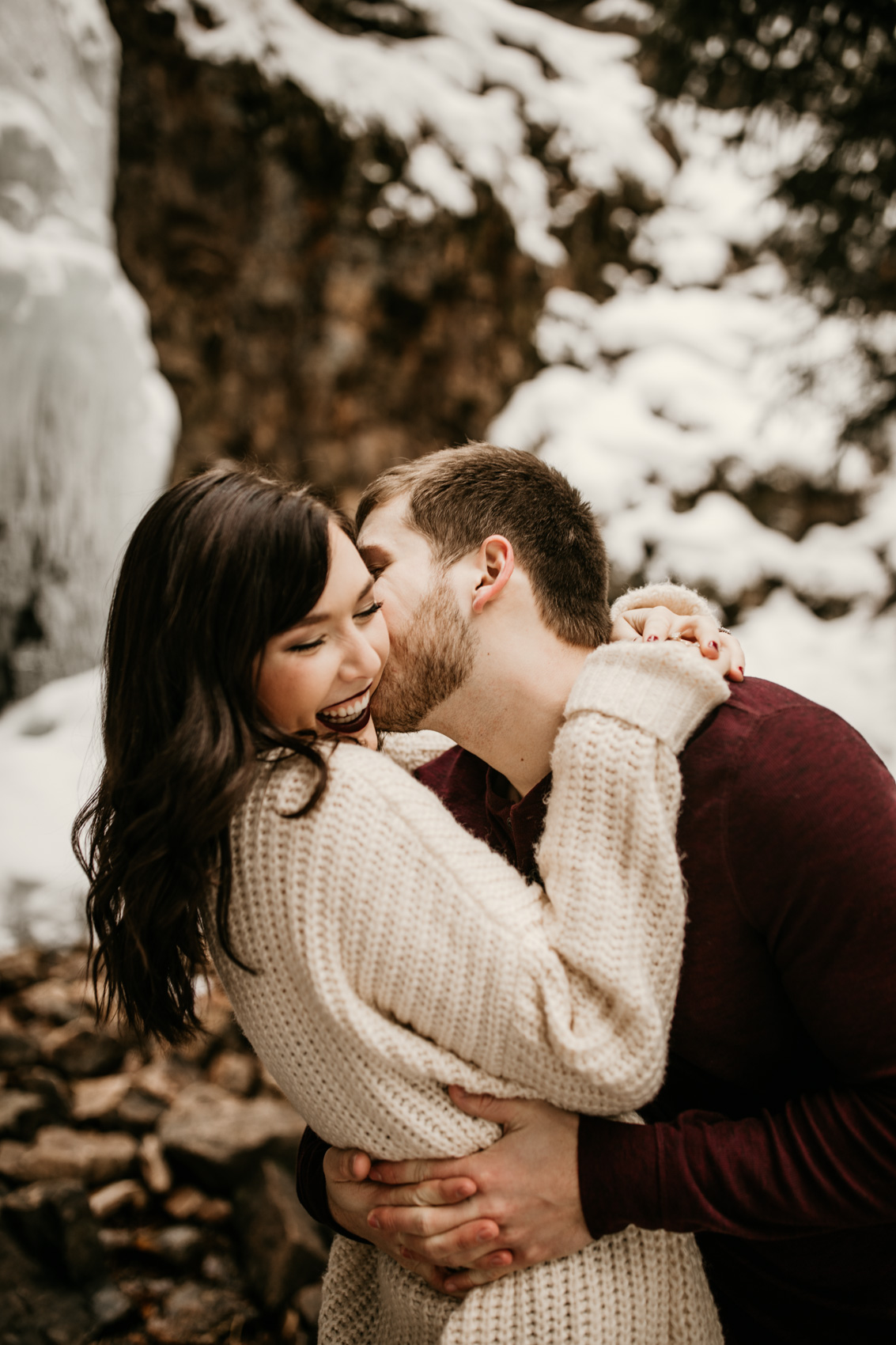 Molly-Trenton_Montana-Waterfall-Engagment-Session-7.jpg