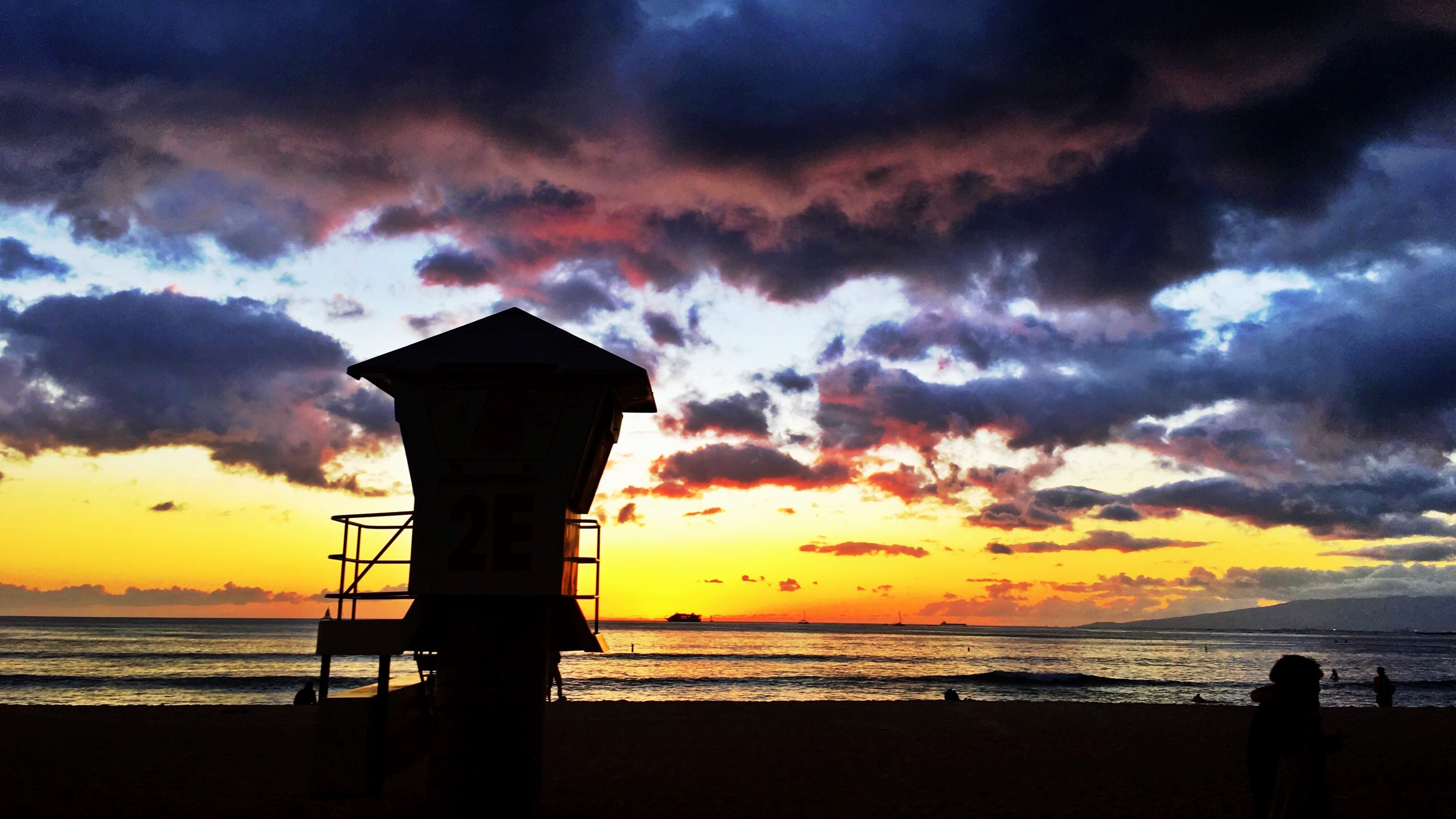 Waikiki beach after sunset, October 2015