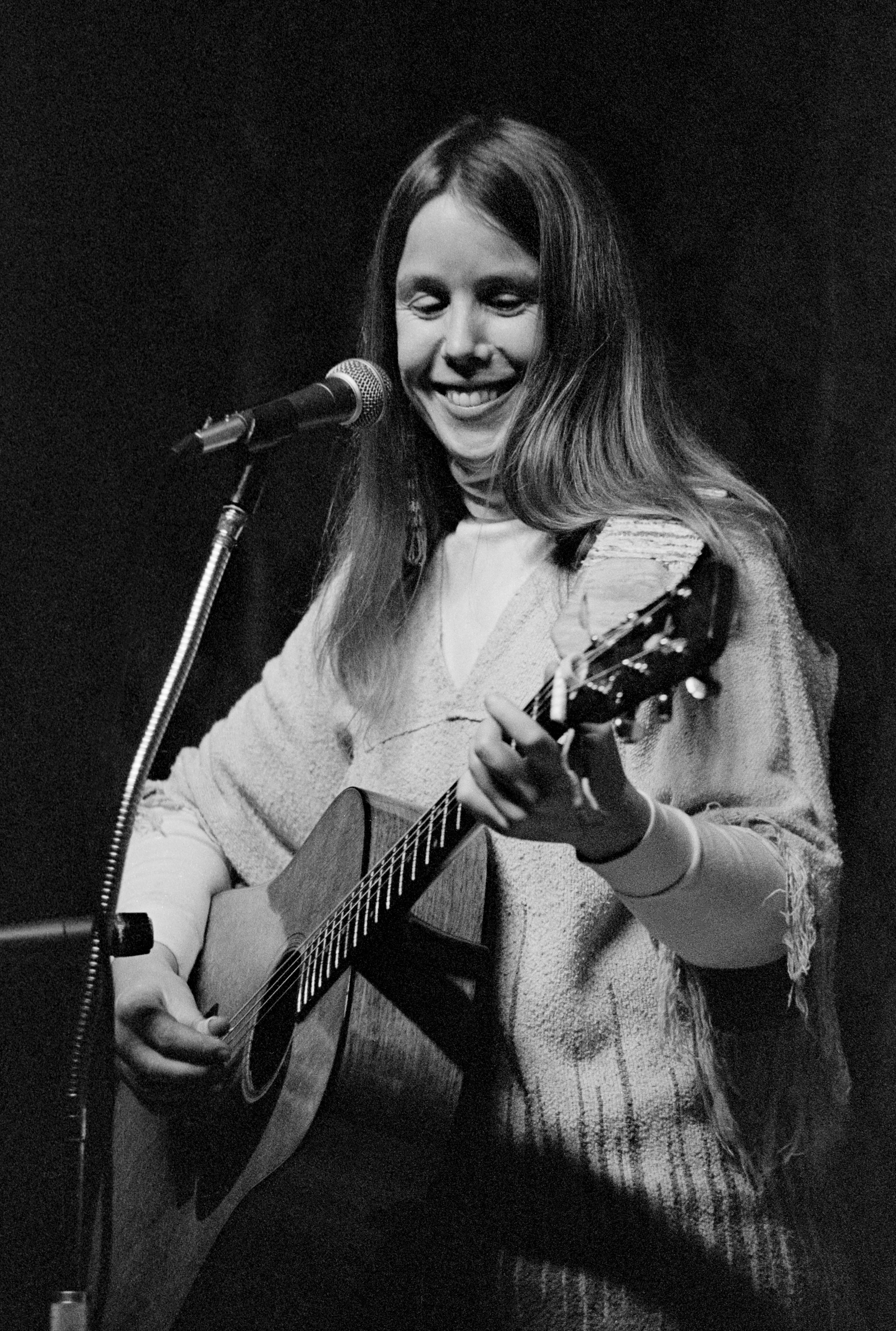 Kate Wolf at Crown Hall, 1982. Photo by Nicholas Wilson.