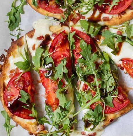 Tomato, Mozzarella & Arugula Naan Pizza -