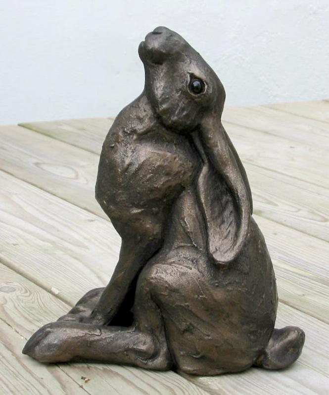 Small Moongazing Hare