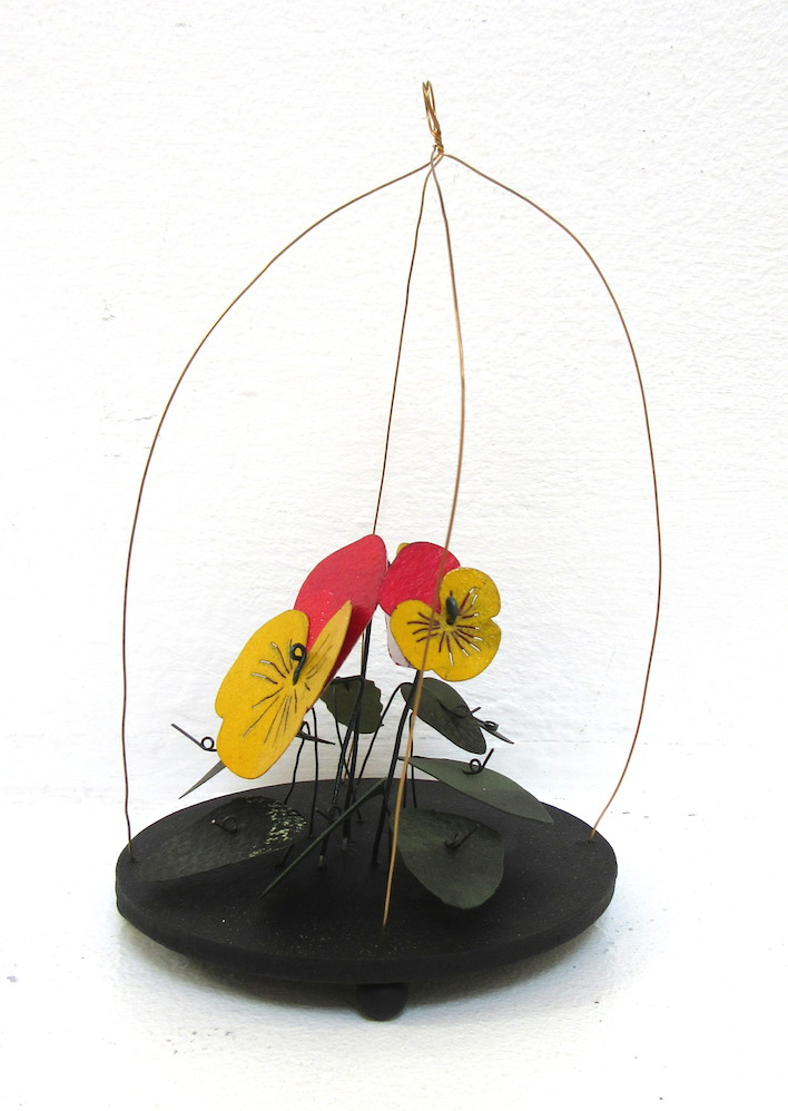 Pansy Wire Dome