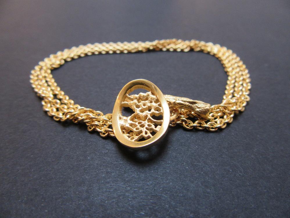 Gold Lace Oval Bracelet