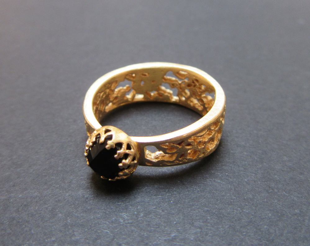 Gold & Onyx Lace Ring