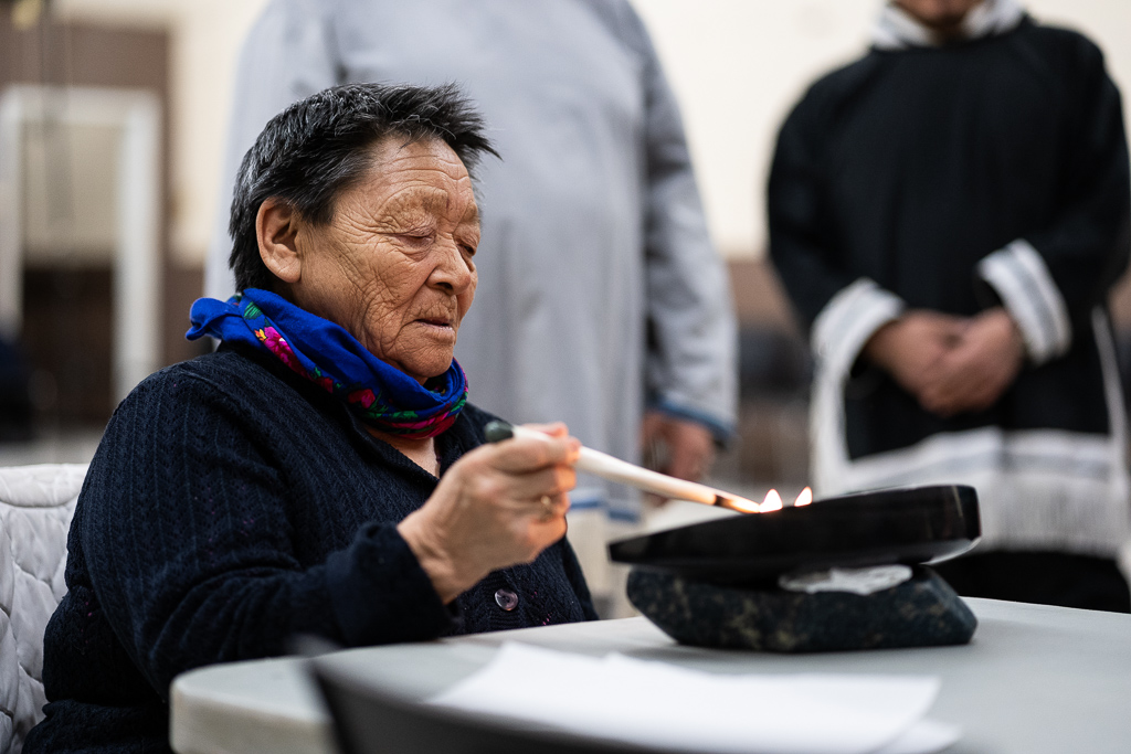 Inuit Elder Monica Ugjuk met with the group to share her knowledge on traditional birthing practices of Inuit peoples. She also led a traditional lighting of the Qulliq to celebrate the special visit to Rankin Inlet, Nunavut.