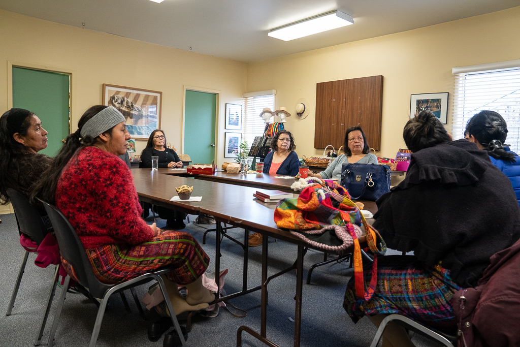 Finally, all four Guatemalan women met with members of the Dibaajimowin Cultural Centre in Northumberland. This provided an opportunity for the exchange participants to reflect on all they had learned so far, which included learning about the impacts of colonialism on Indigenous peoples living in Canada and their resilient struggles in the face of its current manifestations.