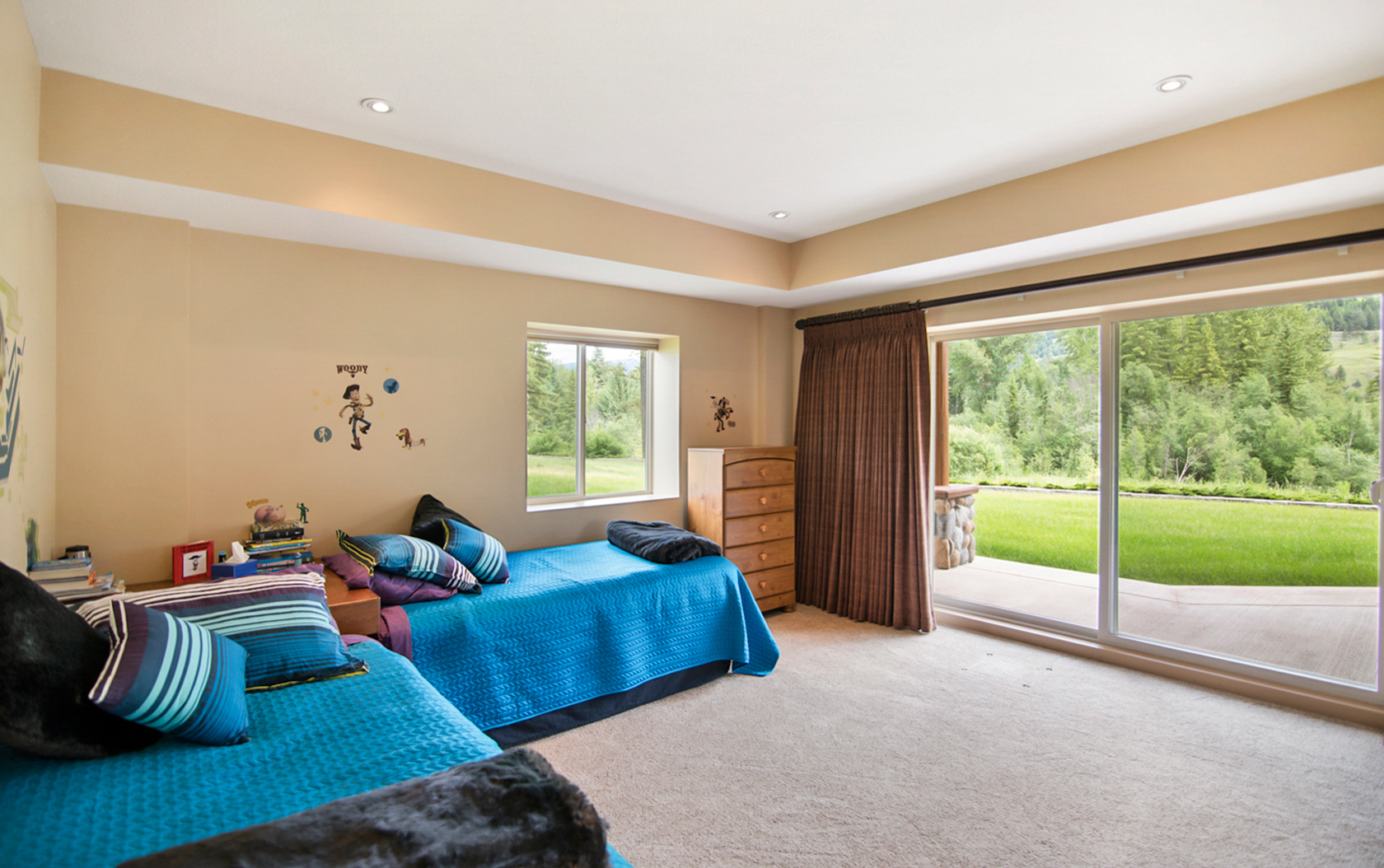 Kudu House Willow Springs Elizabeth McQueen ReMax Realty