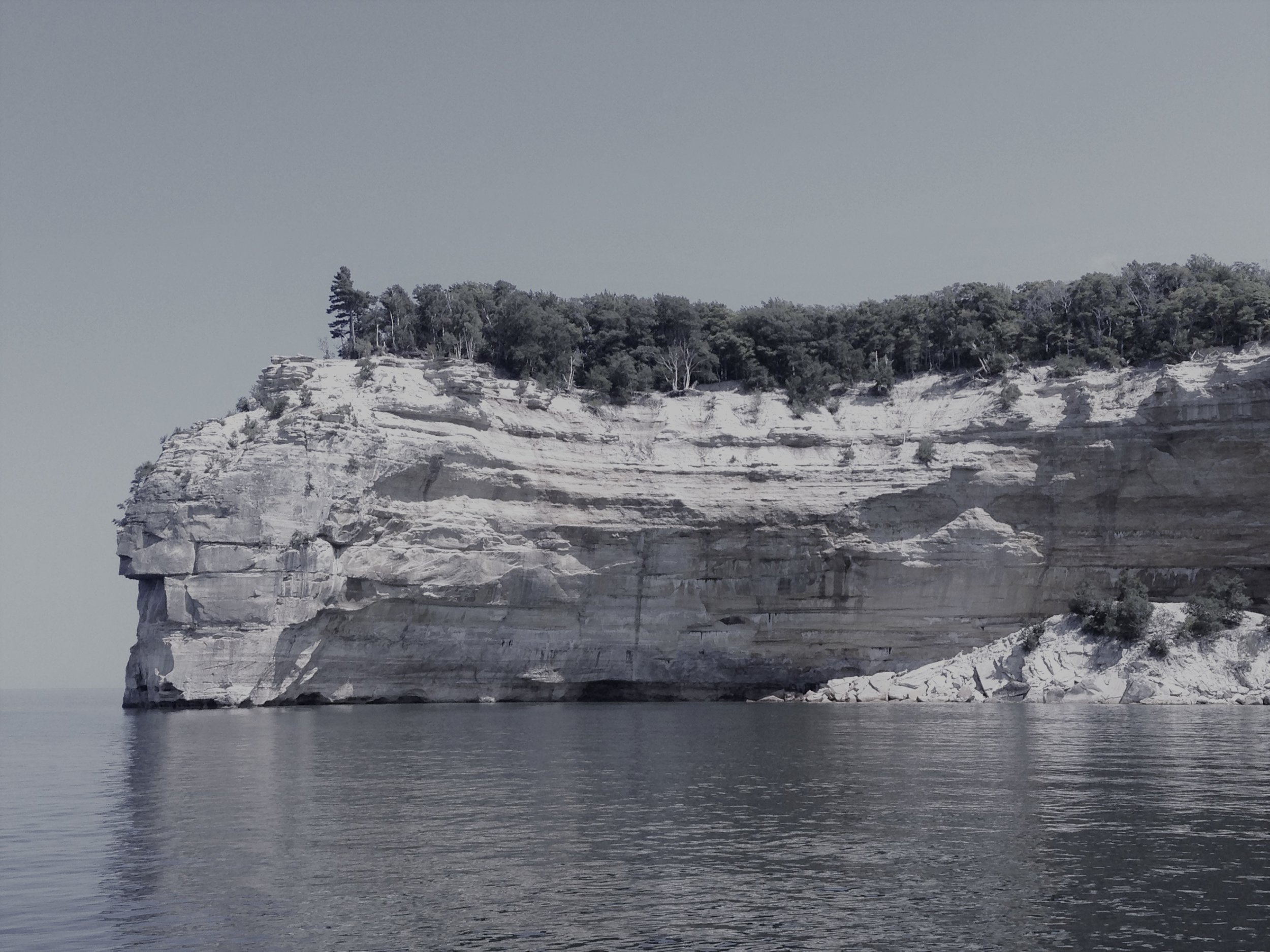 Pictured Rocks Gray Scale.JPG