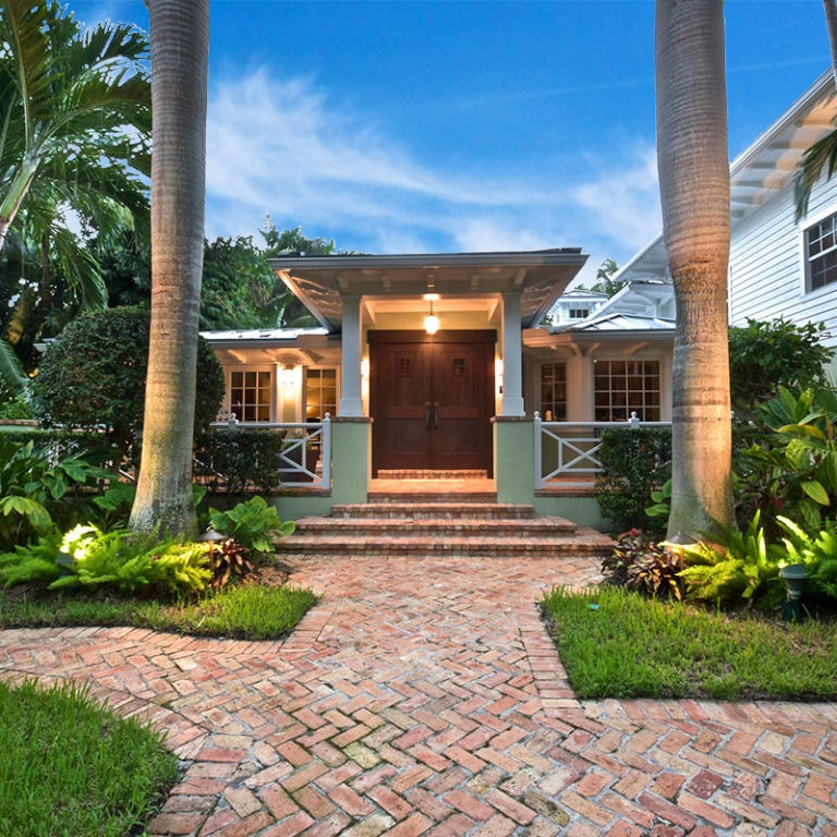 remodel_renovated_florida_architecture_family_home_craftsman_style.jpg