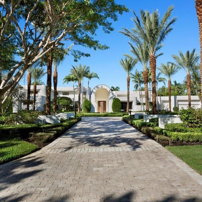 contemporary-white-home-florida-architecture.jpg