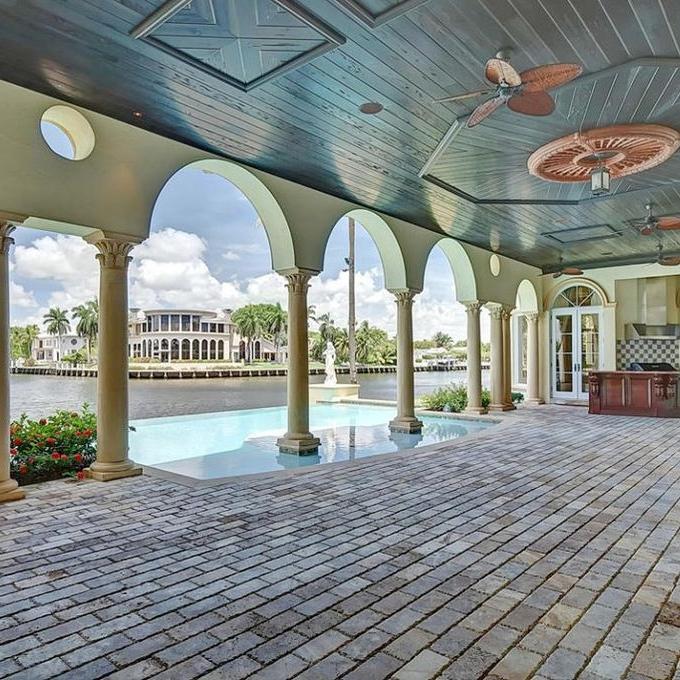 Italian-pool-waterfront-Florida-architecture.jpg