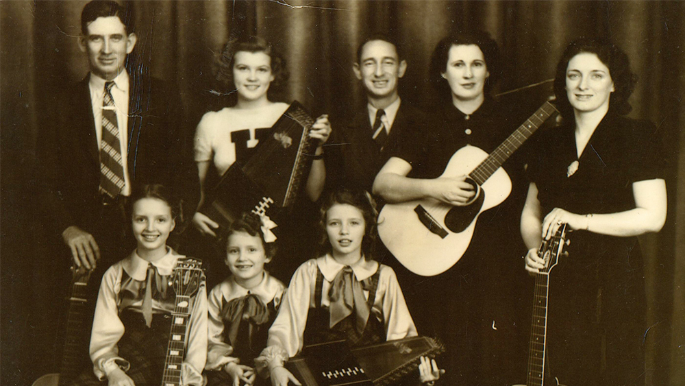 The Winding Stream - Filmmaker Beth Harrington traces the history of the Carter Family.