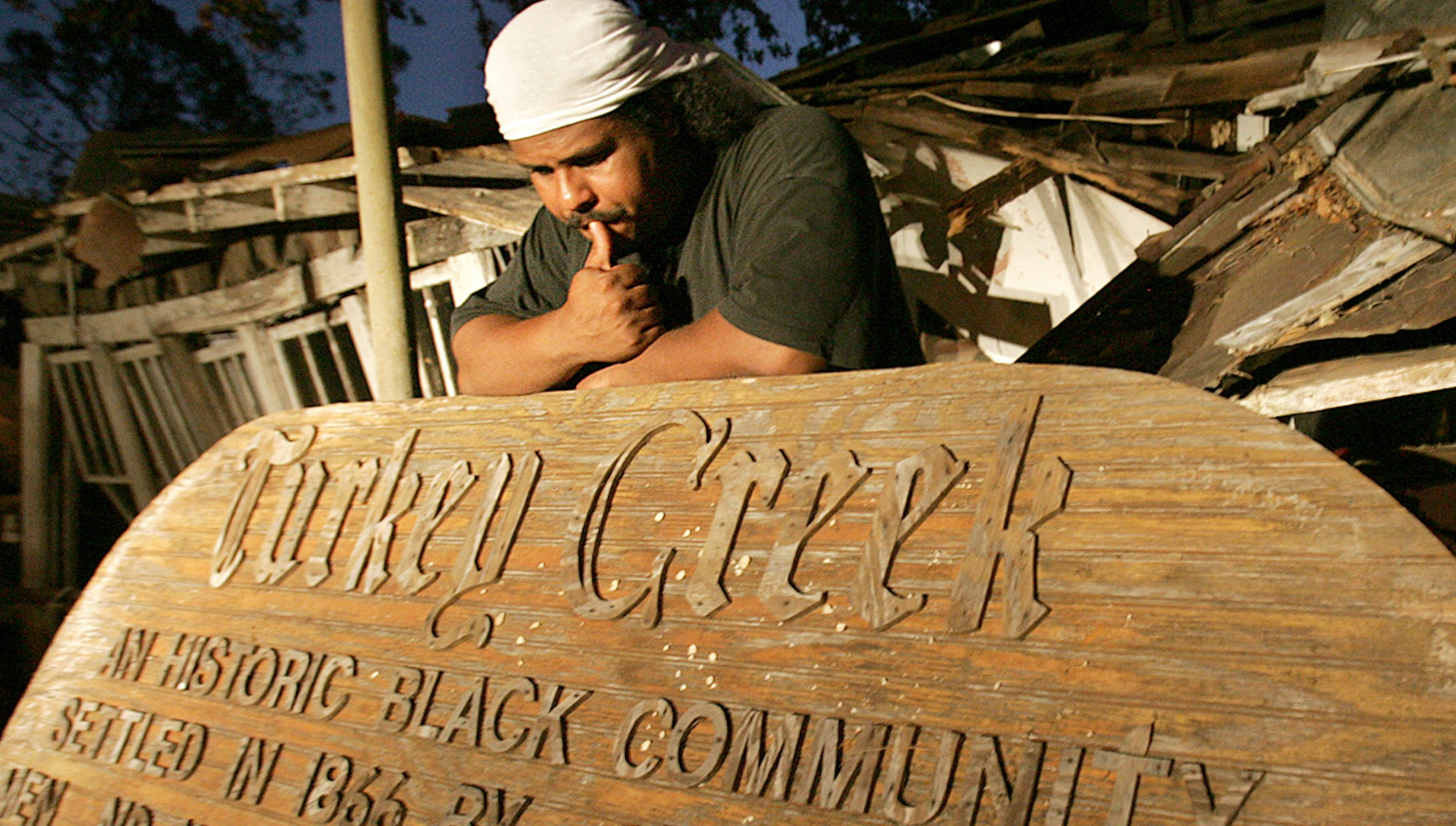 Come Hell Or High Water - Come Hell or High Water: The Battle for Turkey Creek follows the painful but inspiring journey of Derrick Evans, a Boston teacher who returns to his native coastal Mississippi when the graves of his ancestors are bulldozed to make way for the sprawling city of Gulfport.