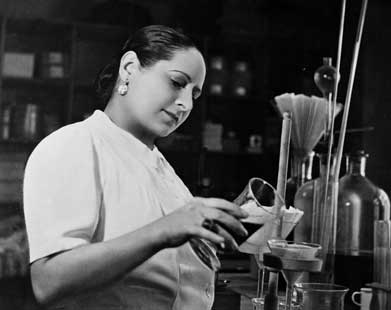The Powder And The Glory - The Powder & the Glory, a 90-minute documentary narrated by Jane Alexander, tells the story of two of the first highly successful women entrepreneurs — Elizabeth Arden and Helena Rubinstein.