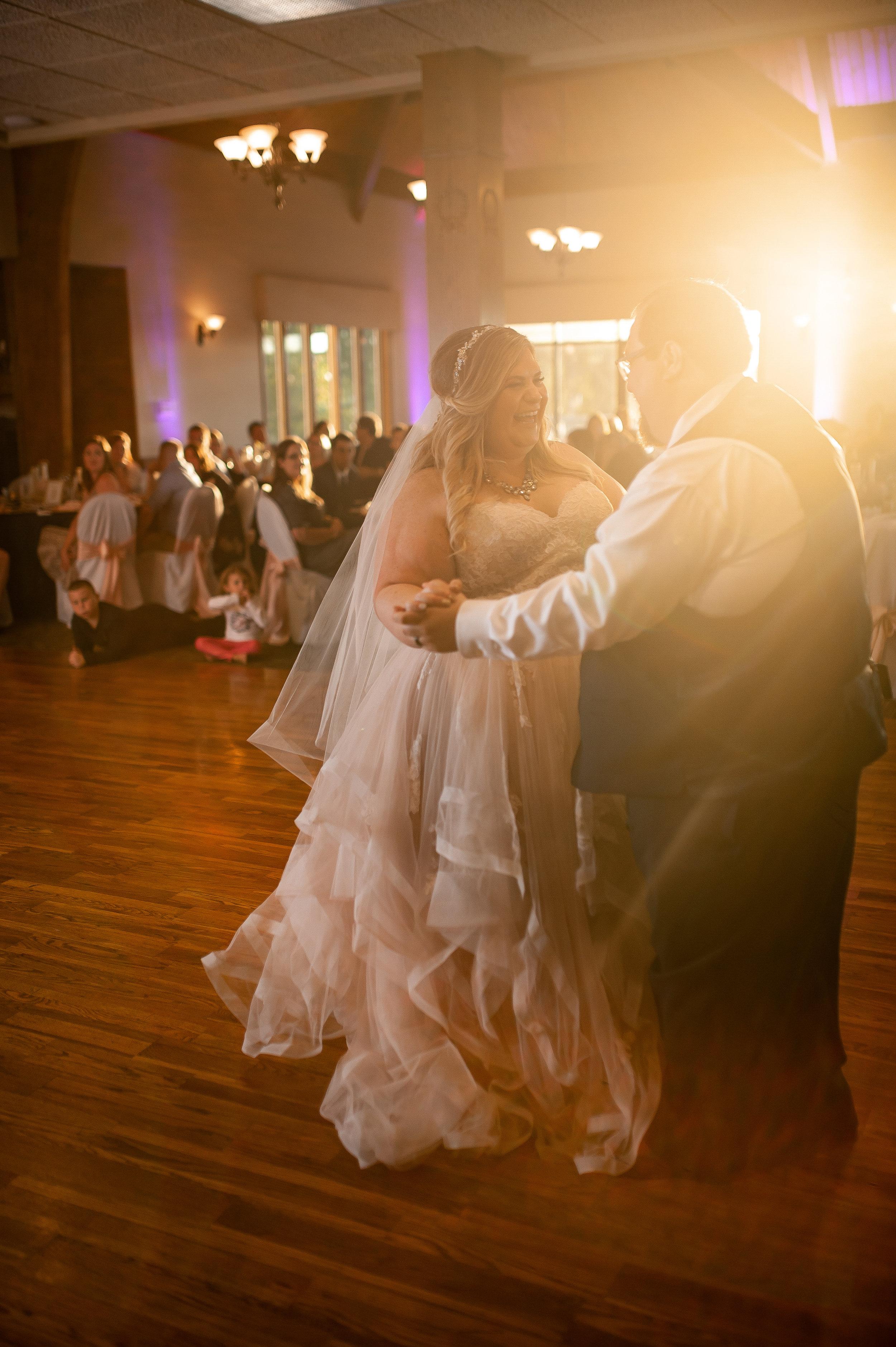noblesville wedding photographer