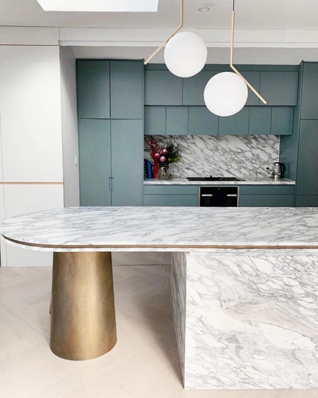 queen  st residence. WOOLLAHRA. #ninamayainteriors . . . ##luxuryinteriors #interiordesigner #architects #vogueliving #interiordecor #designlovers #interiordecoration #instadesign #interiorarchitecture #designdetails #archilover #interiorstyle #queenstreet #woollahra #residentialarchitecture #kitchendesign #kitchenremodel #kitchensofinstagram #bespoke #workinprogress with @designs_by_cs #ninamayaprojects