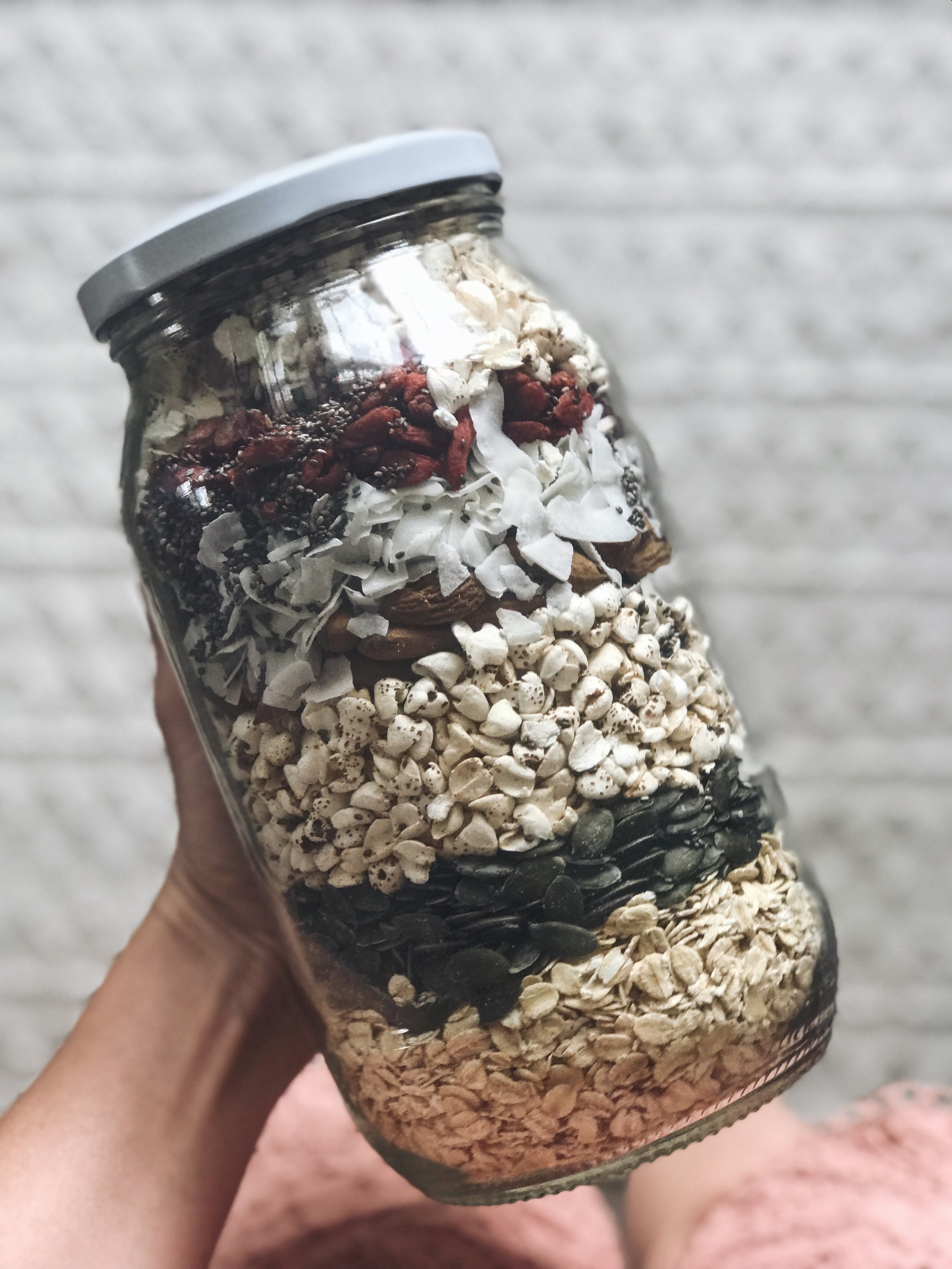The perfect christmas gift - Layer all ingredients in a jar to make a delicious,healthy homemade christmas present.