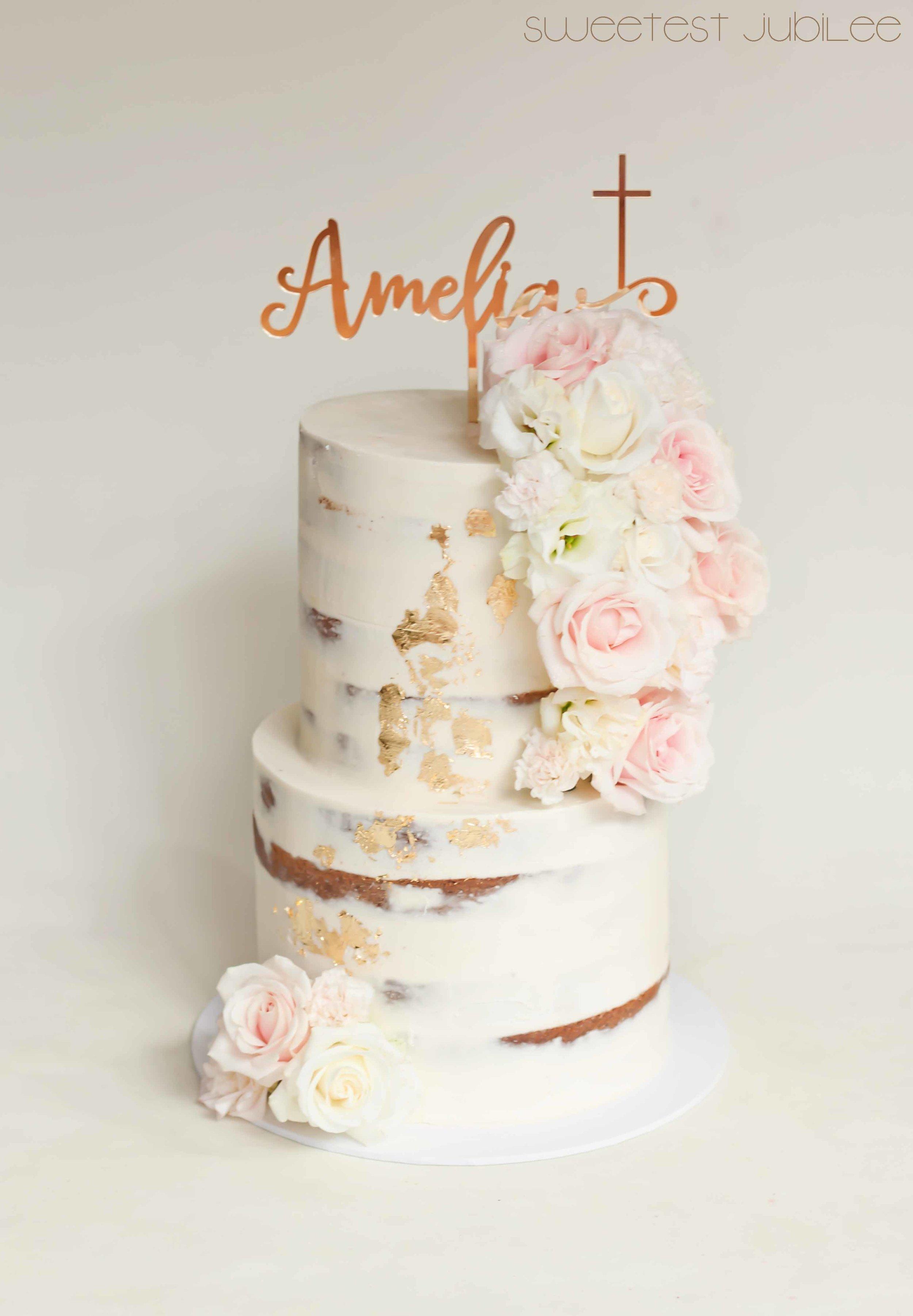 Amelia christening cake.jpg
