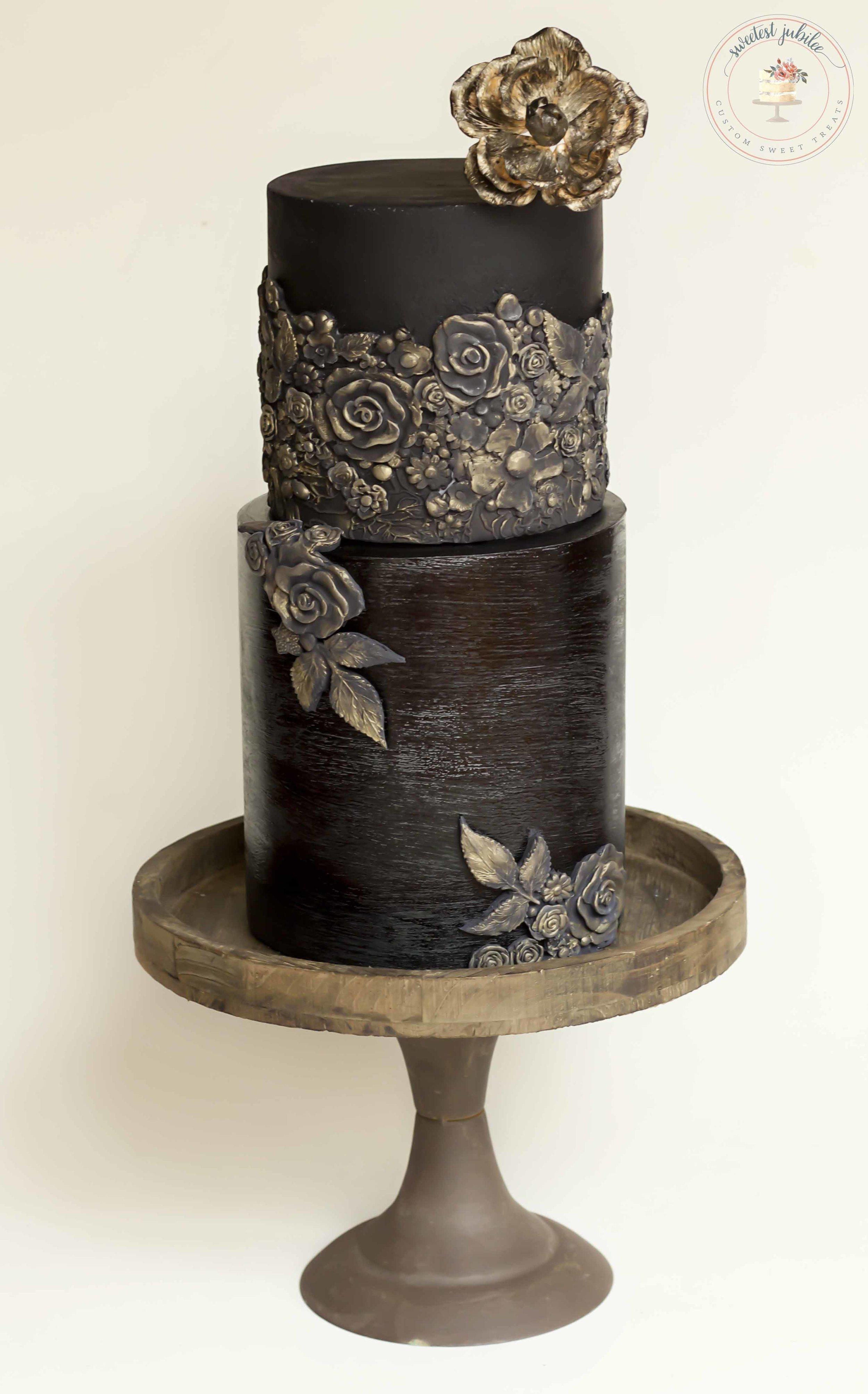 Bas relief cake.jpg