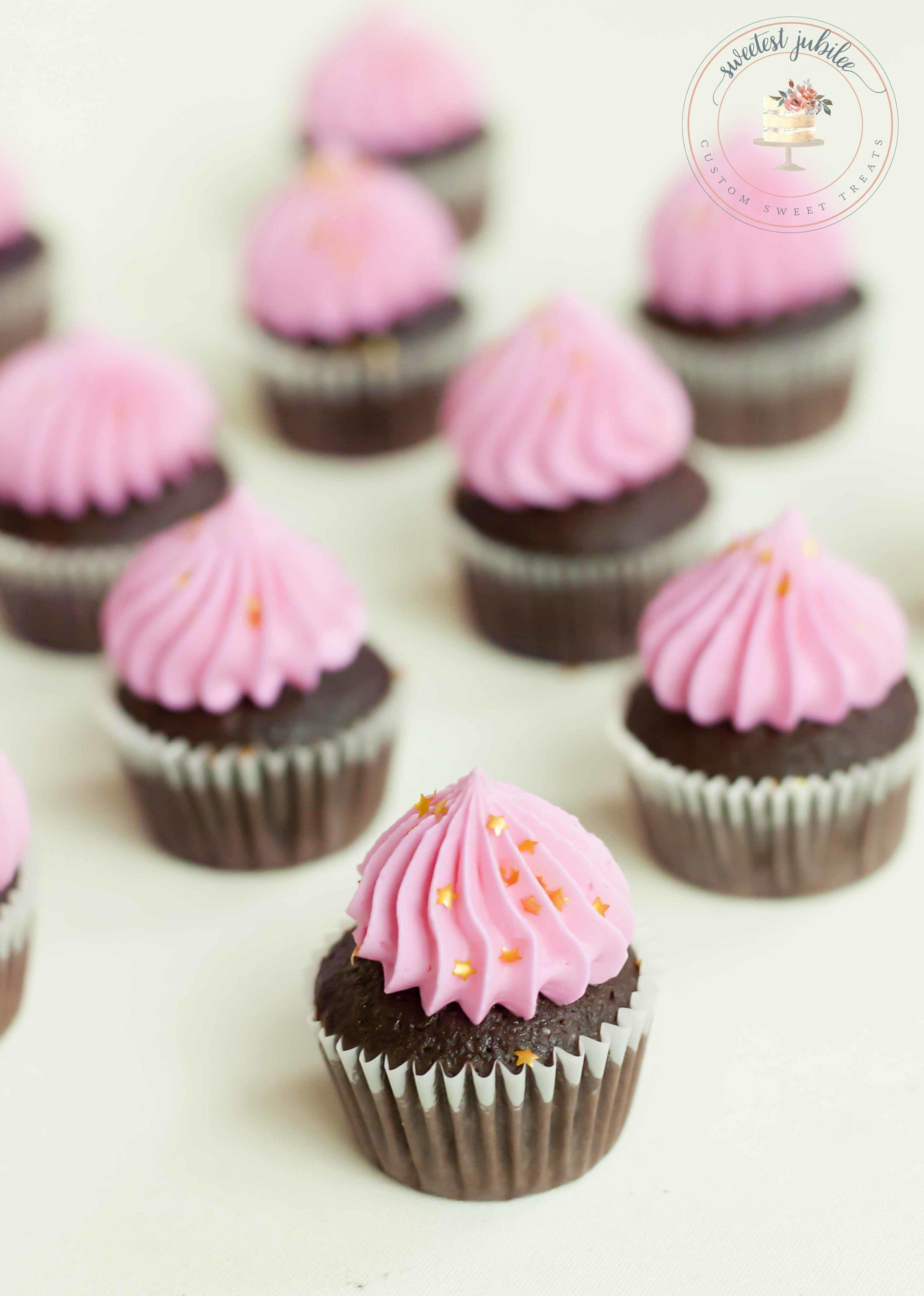 Belinda - cupcakes.jpg
