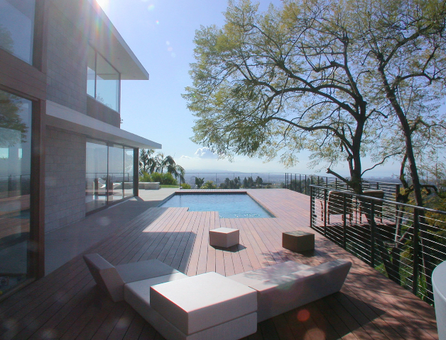 Griffin_Pool_Deck_View_2.jpg
