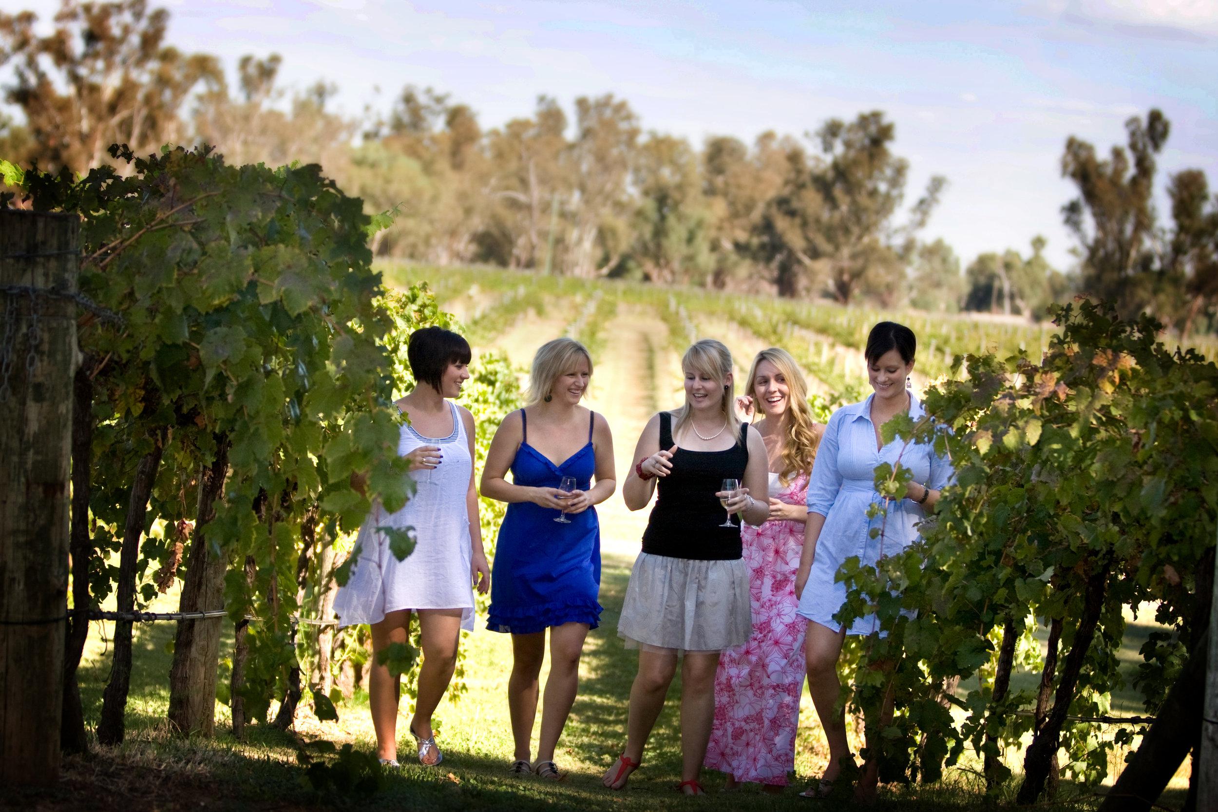 Vineyards_ladies (1).jpg