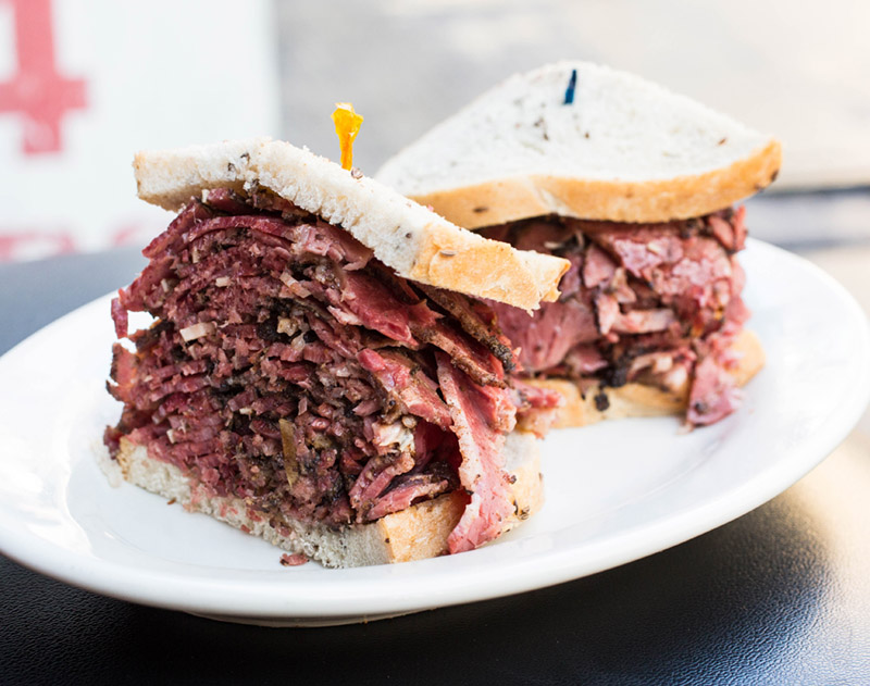Pastrami-Sarges-NYC-untapped-cities.jpg