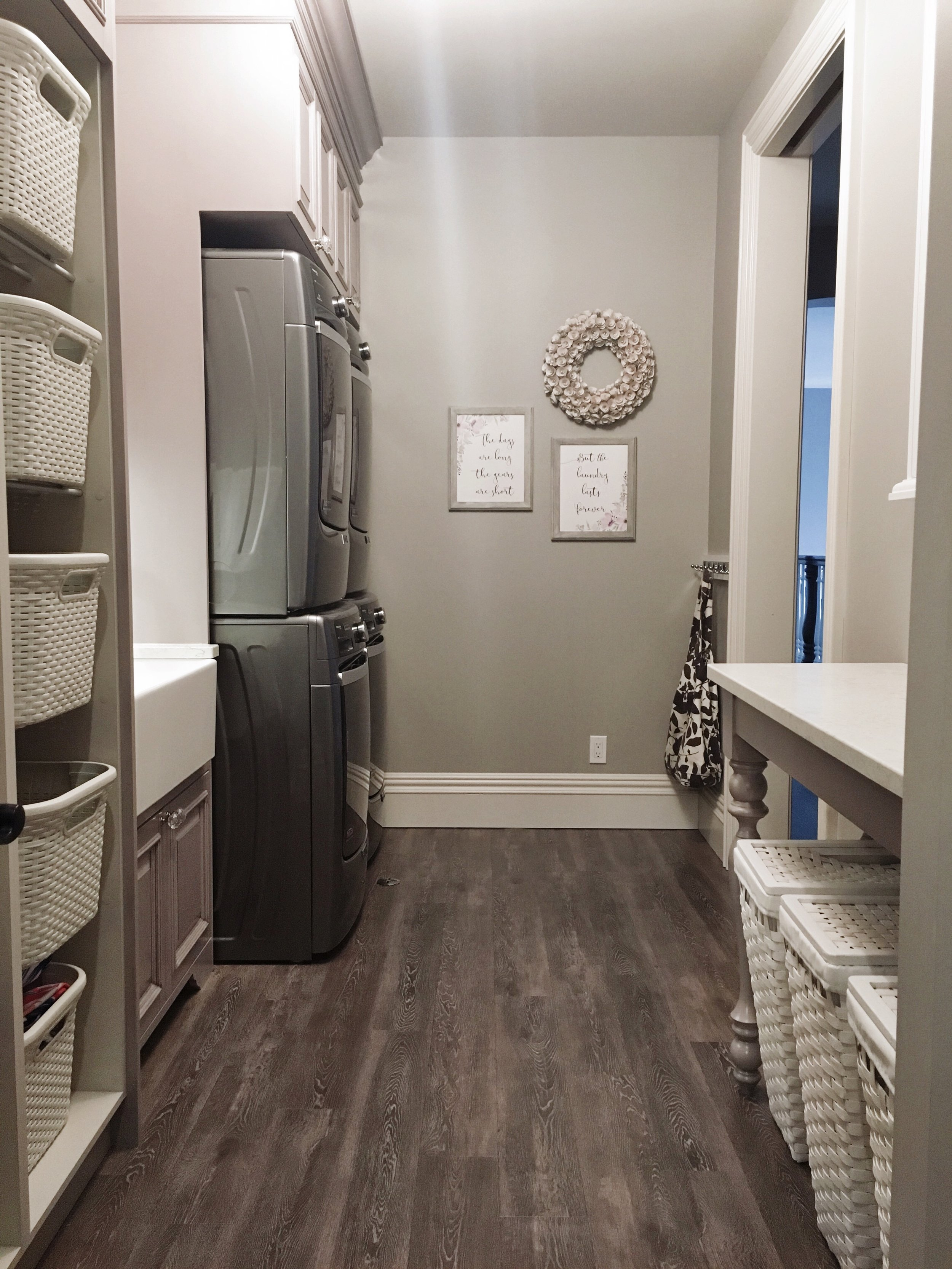 12 Laundry Room Ideas For Big Families (Building or