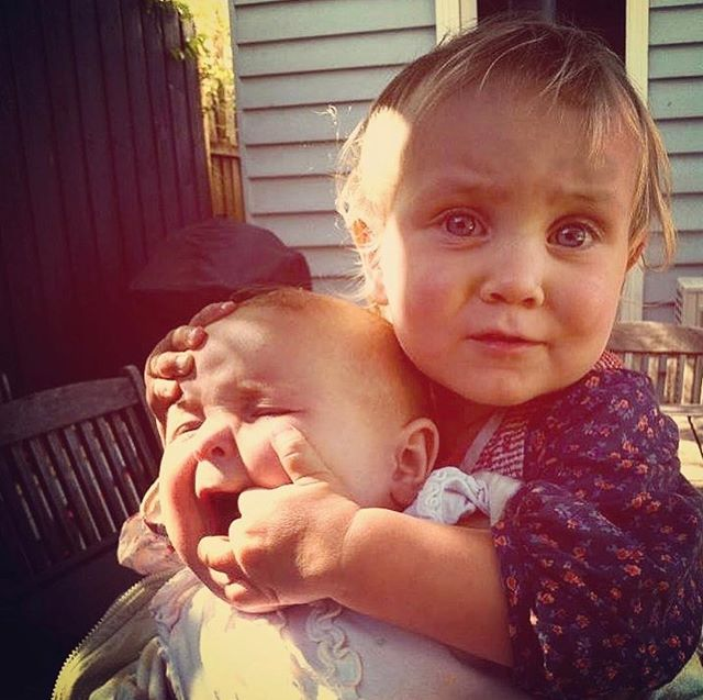 Sibling love at its best 💕 • 📸 @thedadwebsite