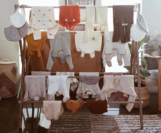 One of the most exciting things when preparing for a new babe has to be washing all those tiny suits and hanging them out to dry 🥰 Doing a first aid course isn't usually on the list of things to do when preparing for the big arrival - but why not? Come along and feel confident you can respond in an emergency, or make informed choices when you need to. Book into an open sessions in Melbourne or Bendigo, or contact us and we can come to you • 📸 via @eliseraquel