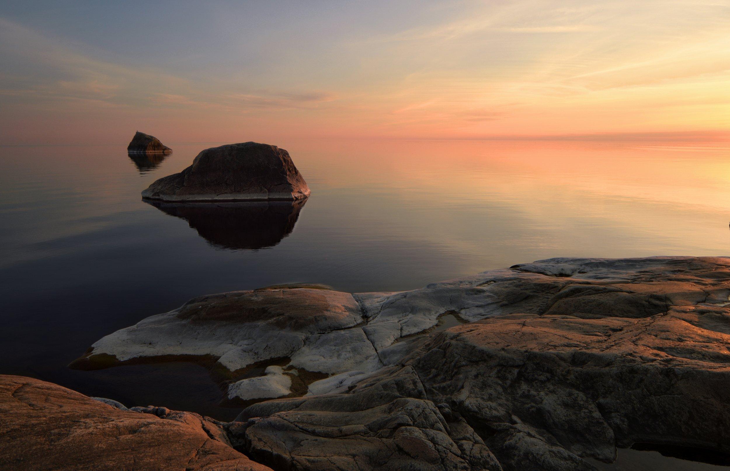 Tisskässand's Rocks at Sunset
