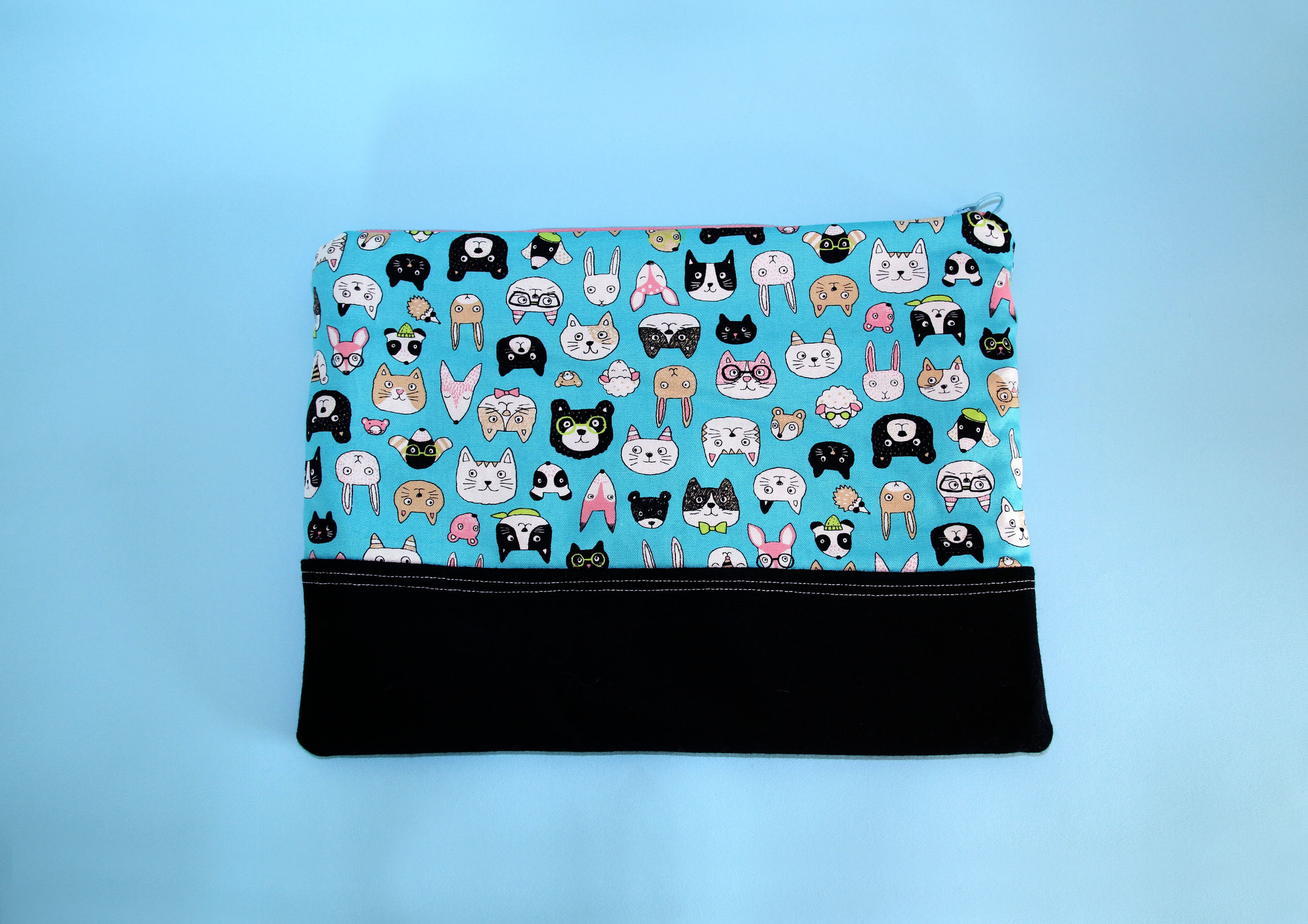 laptop case cats 1.jpg