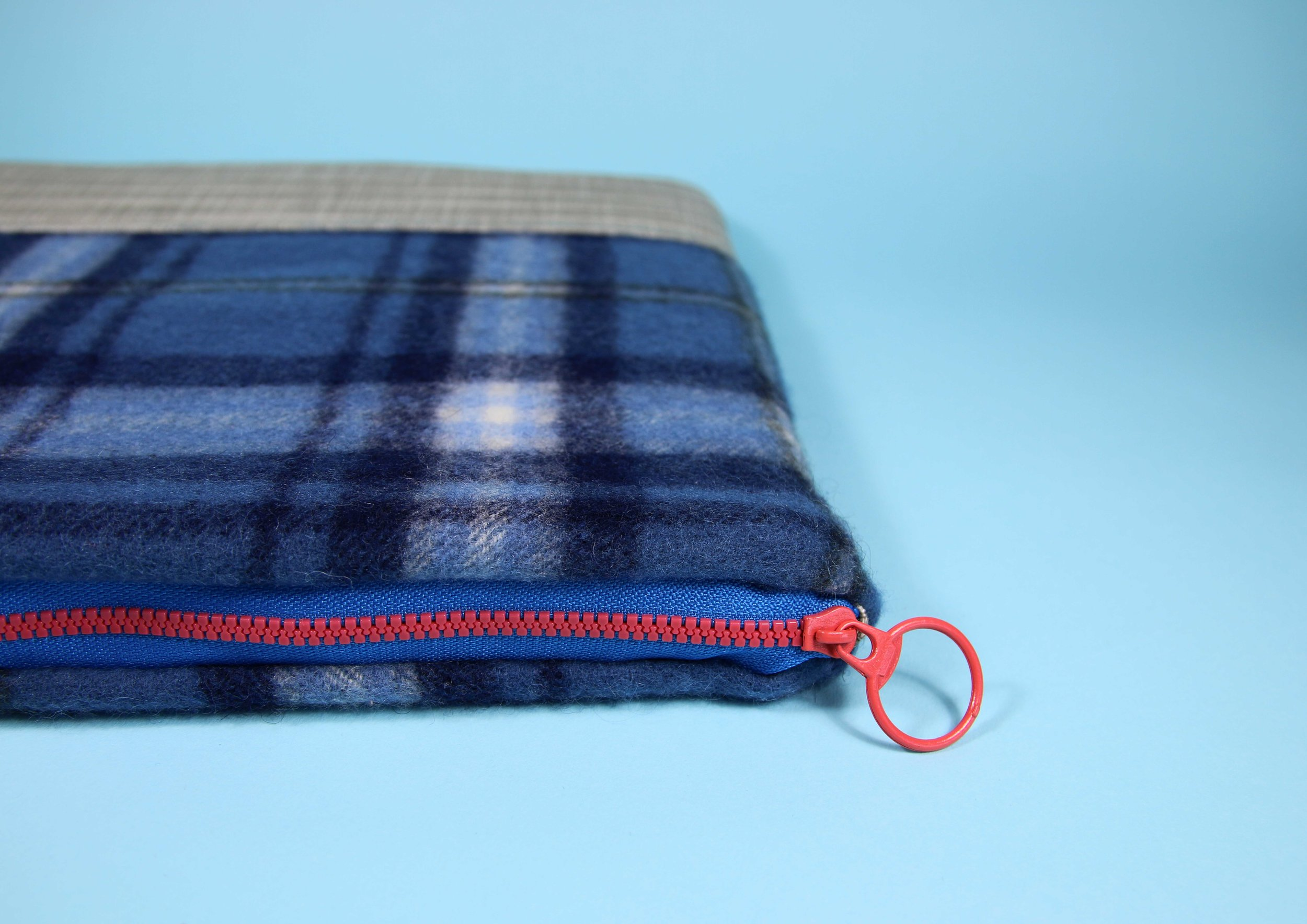 laptop case blue scarf 3.jpg